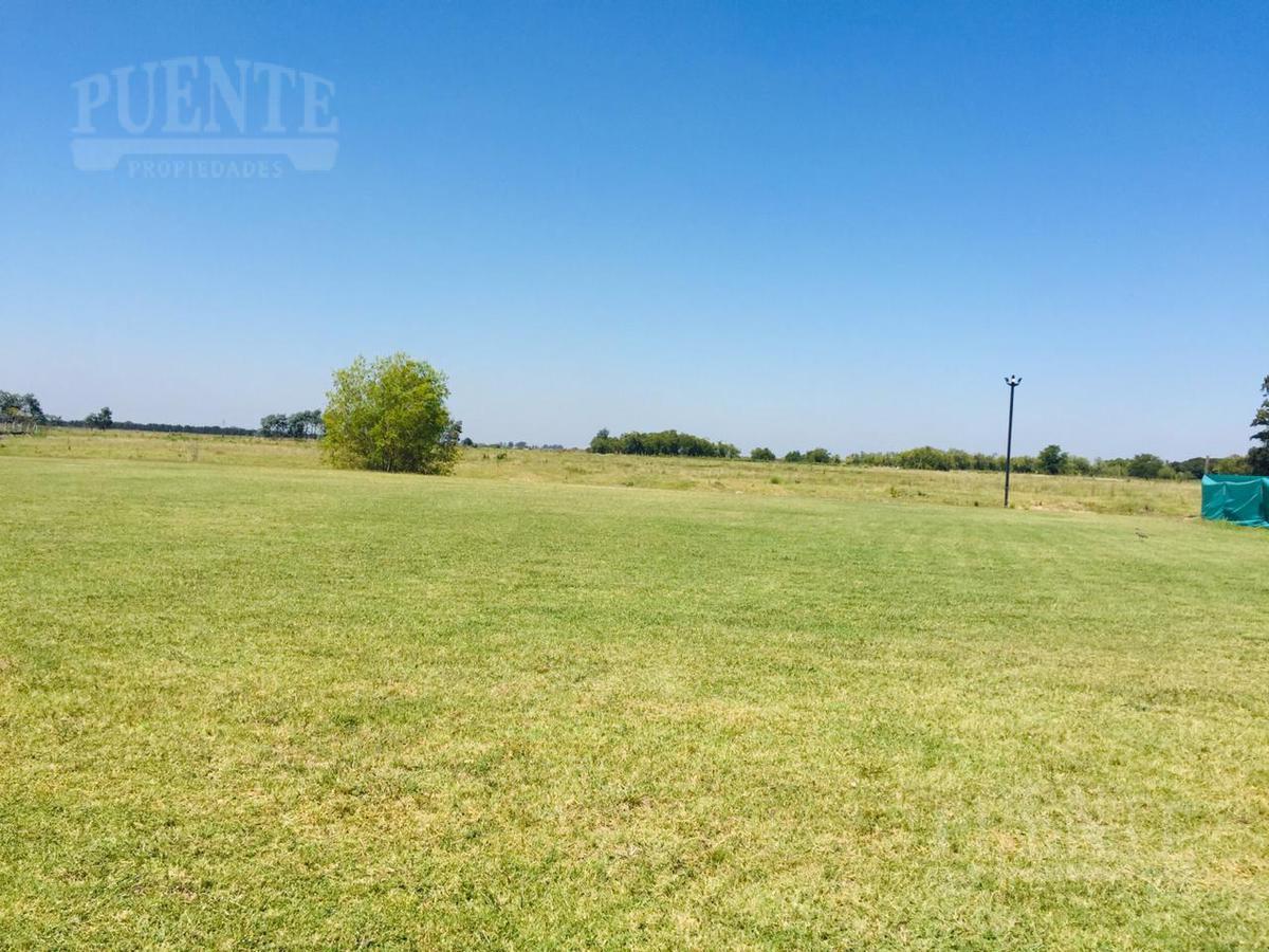Foto Terreno en Venta en  El Principado,  Countries/B.Cerrado (San Vicente)  El Principado lote 54
