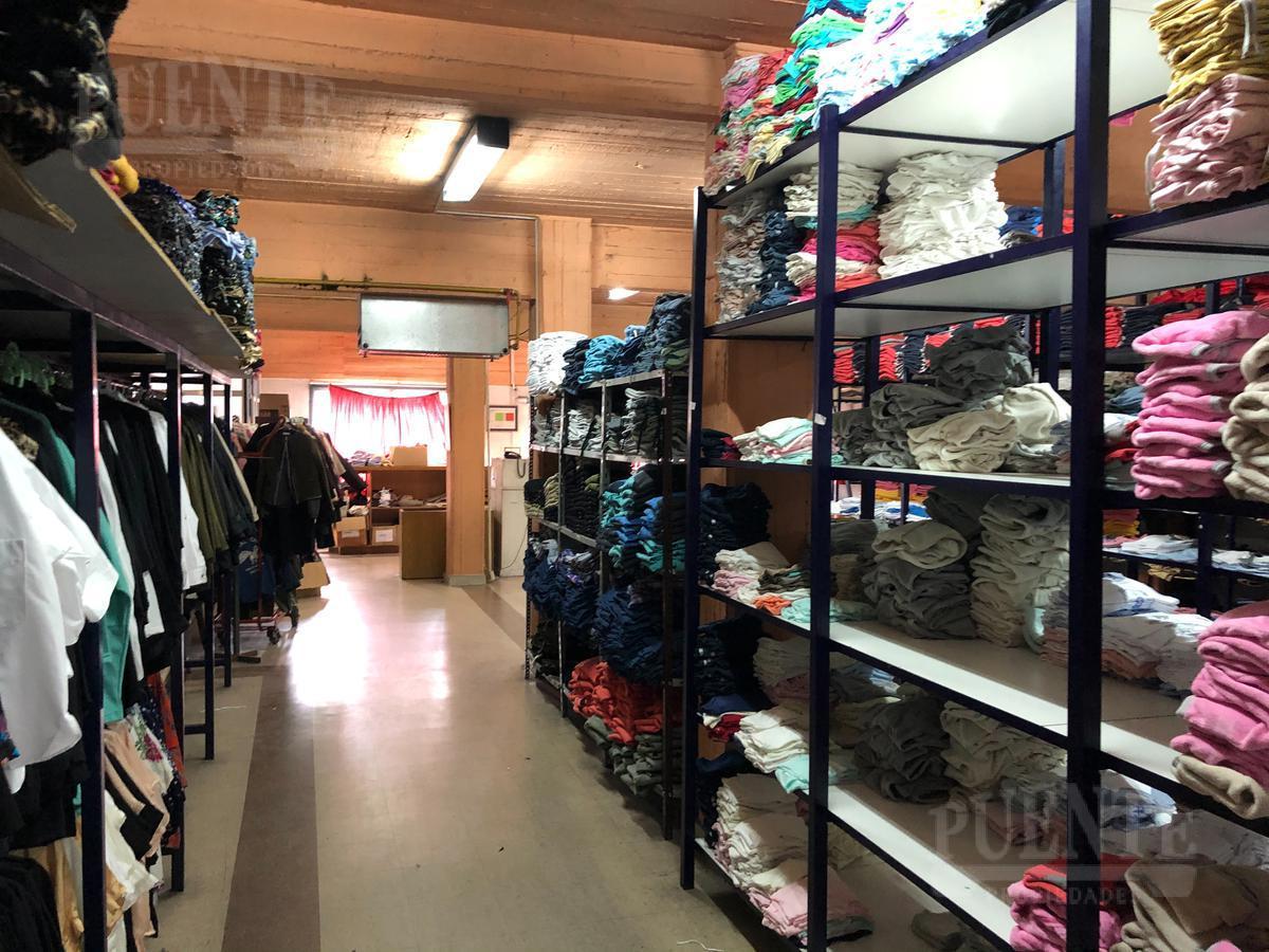 Foto Edificio Comercial en Venta   Alquiler en  Banfield Oeste,  Banfield  French 299