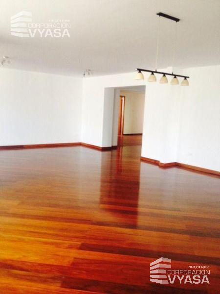 Foto Departamento en Alquiler en  Centro Norte,  Quito  Gonzalez Suarez Se Arrienda Departamento, 340 m²
