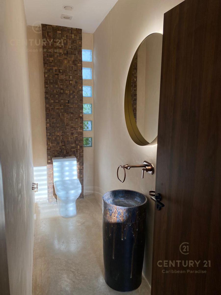 La Veleta Casa for Venta scene image 14