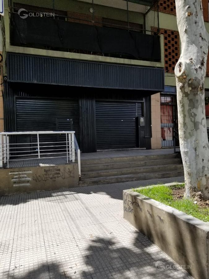 Foto Local en Alquiler en  Barracas ,  Capital Federal  patricios al 1100