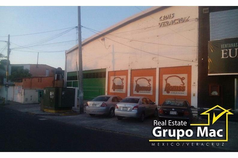 Foto Bodega Industrial en Renta en  El Jobo,  Veracruz  Bodega en RENTA en Ejercito Mexicano, Col. El Jobo, Veracruz.