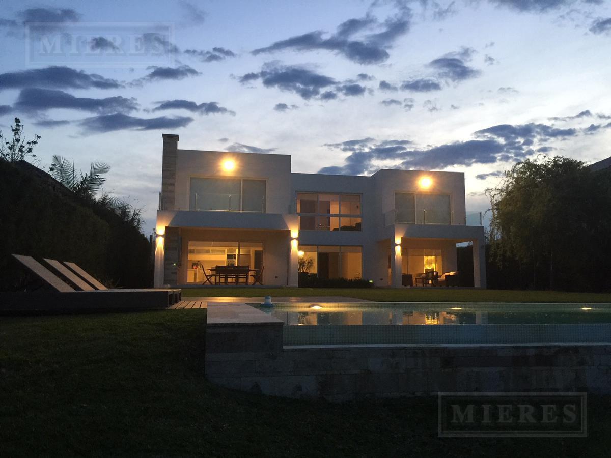 Casa en Los Castores
