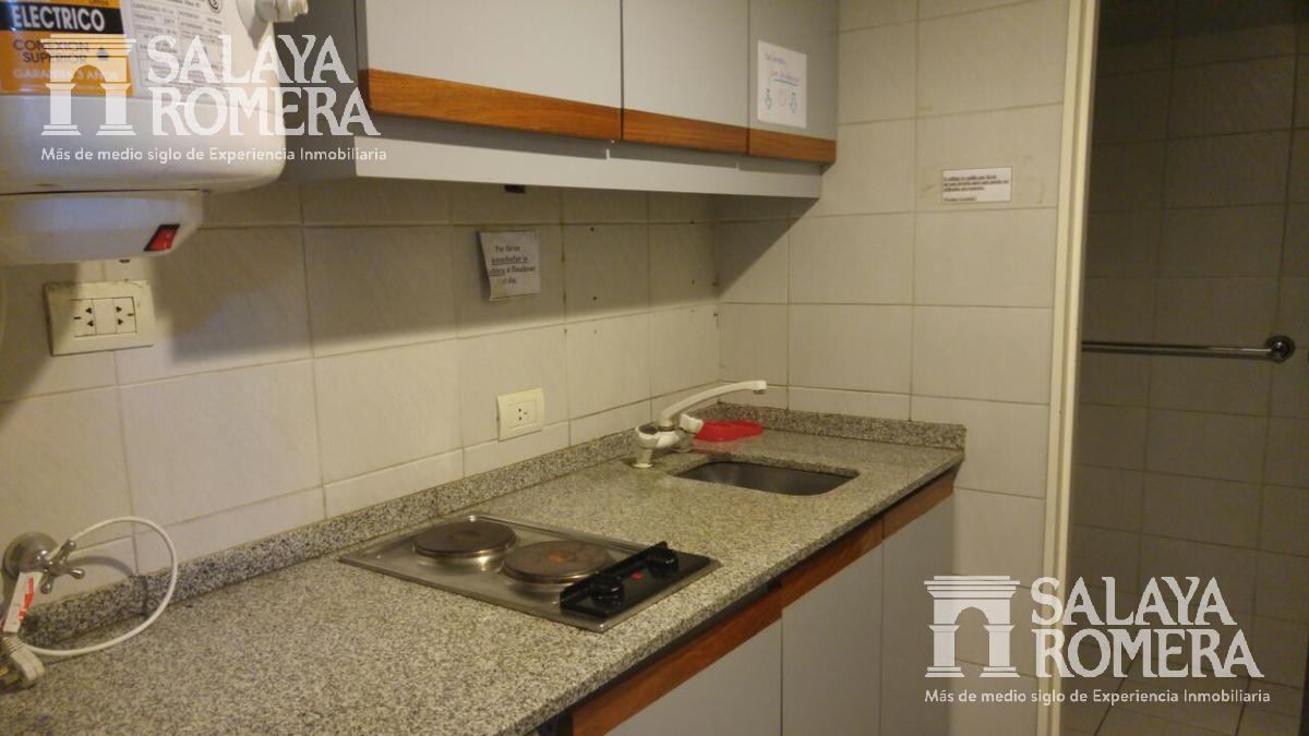 Foto Oficina en Alquiler en  Monserrat,  Centro  Monserrat