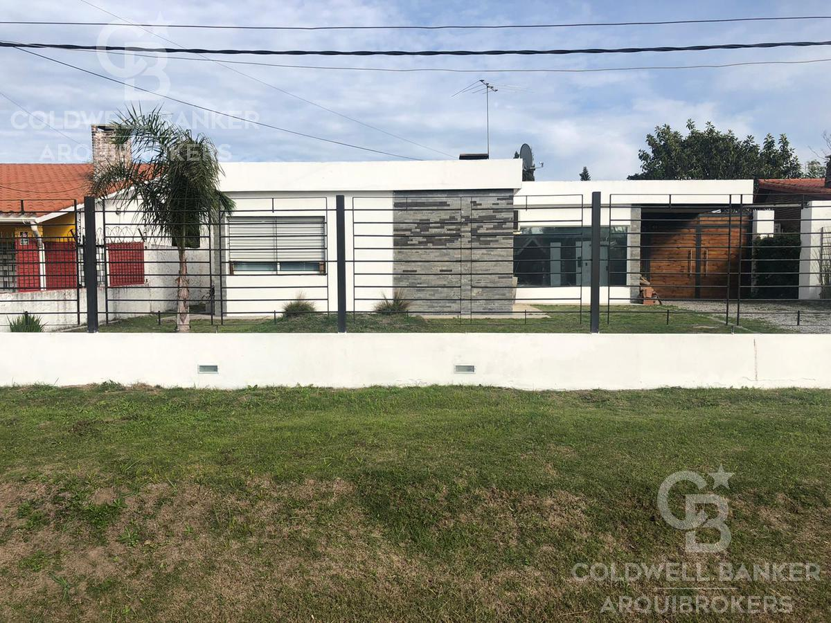 Foto Casa en Venta en  Solymar ,  Canelones  Casa de 2 dormitorios en venta en Solymar sur