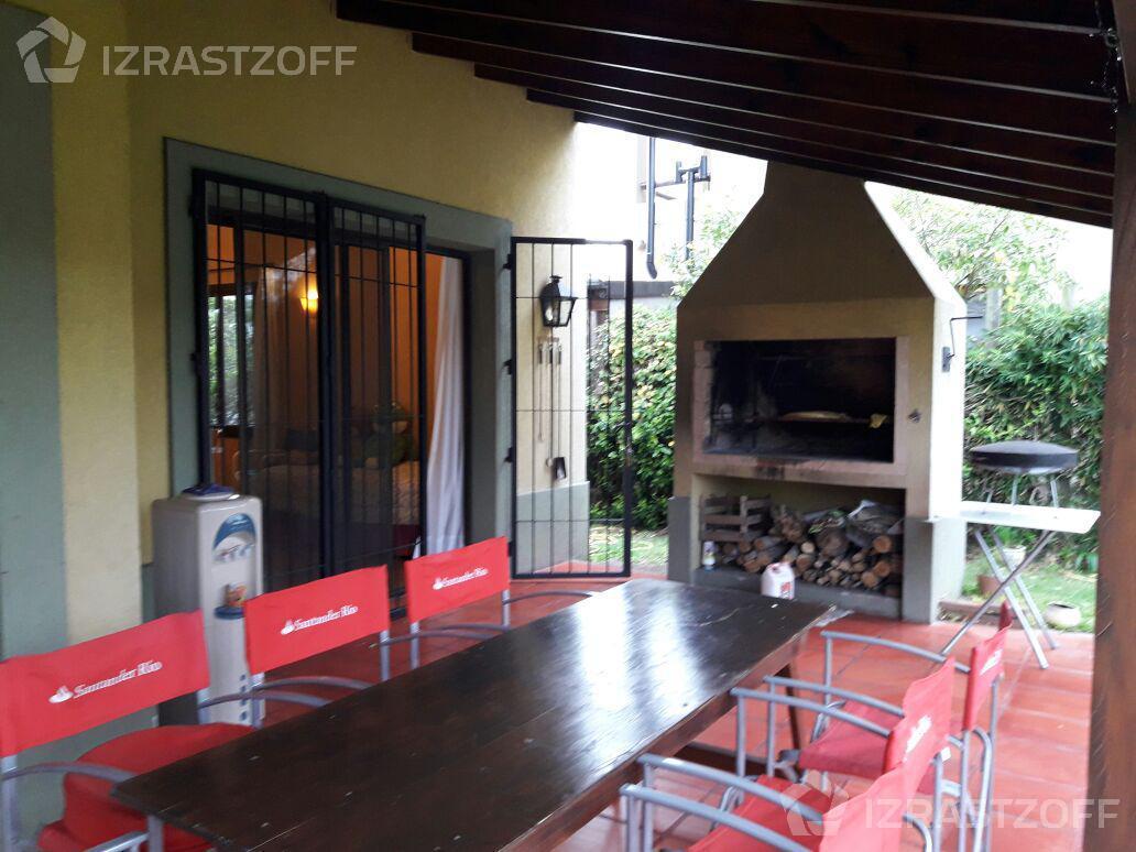 Casa--Santa Barbara-santa bárbara al 1000