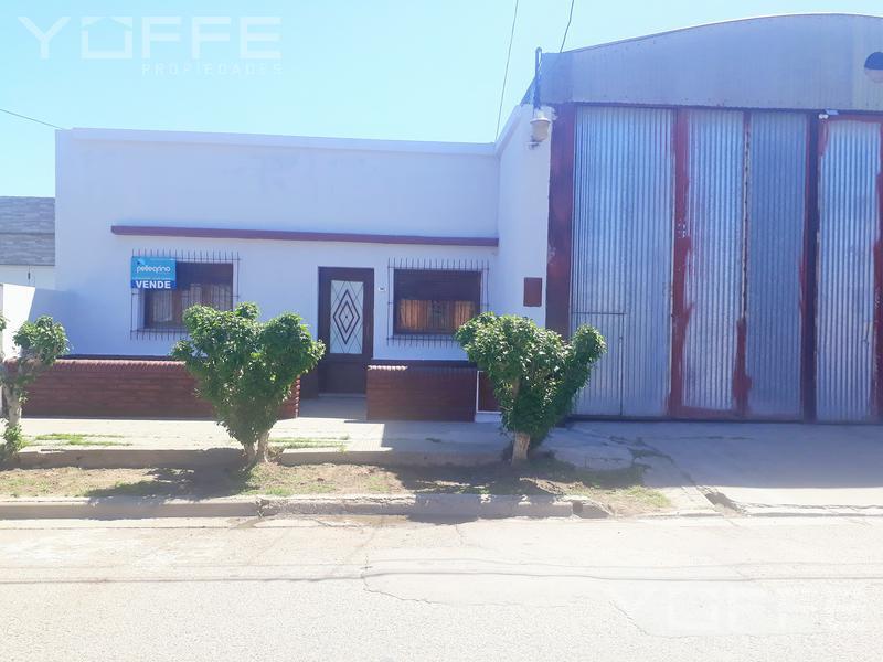 Foto Galpón en Venta en  Villa Tomás Mason Norte y Sur,  Santa Rosa  Villa Tomás Mason Norte y Sur