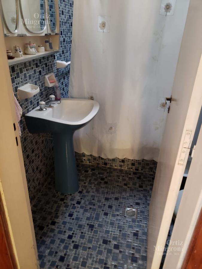 Foto Casa en Venta en  Lomas De Zamora,  Lomas De Zamora  Año del Libertador al 100