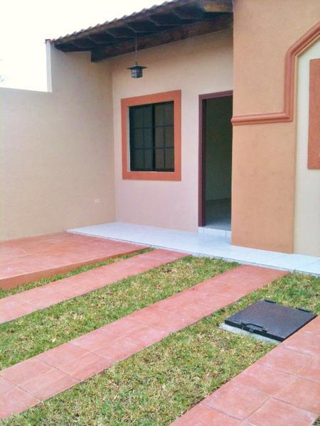 Foto Casa en Venta en  Residencial Santa Cruz,  Tegucigalpa  Casa En Venta Residencial Santa Cruz Circuito Cerrado Tegucigalpa