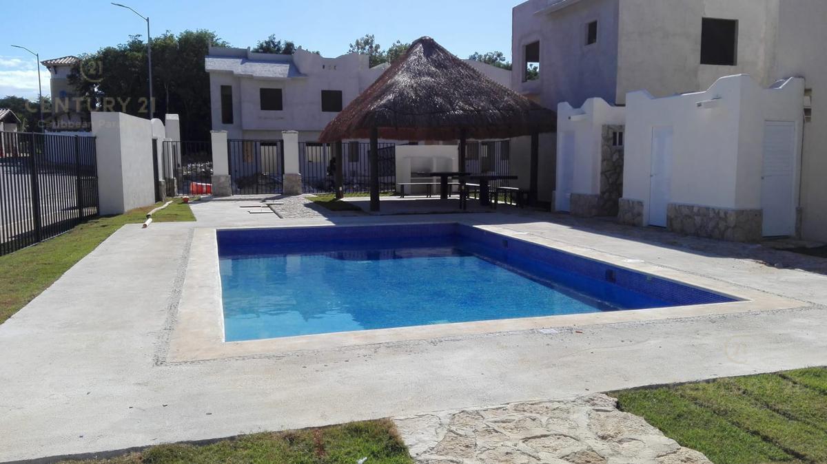 Playa del Carmen Casa for Alquiler scene image 4
