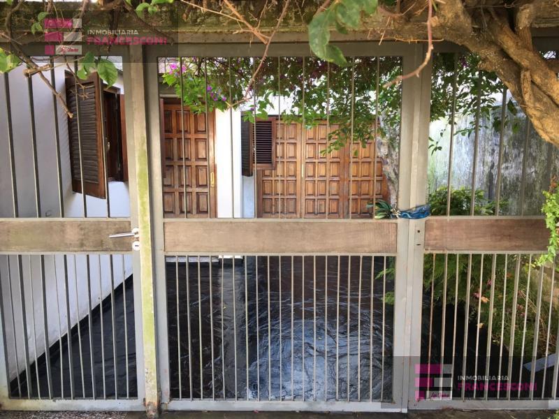Foto Casa en Venta en  Zona Sur,  La Plata  33  30 y 31