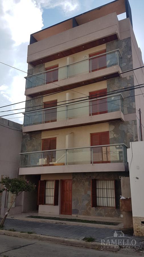 Foto Departamento en Alquiler en  Centro,  Rio Cuarto  santiago del estero al 300