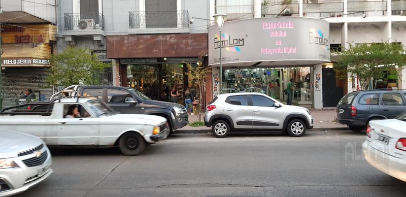Foto Local en Alquiler en  Lomas De Zamora ,  G.B.A. Zona Sur  Boedo al 300