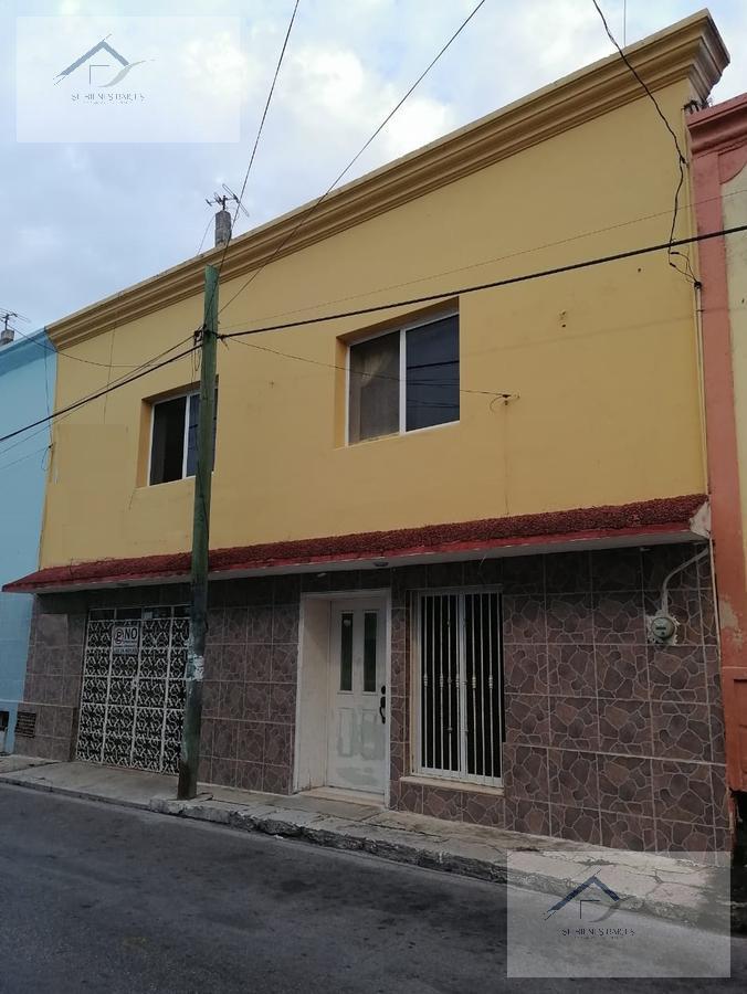 Foto Casa en Venta |  en  Motul de Carrillo Puerto Centro,  Motul  MOTUL CENTRO, casa en venta de dos plantas- Una Cuadra del Palacio Municipal