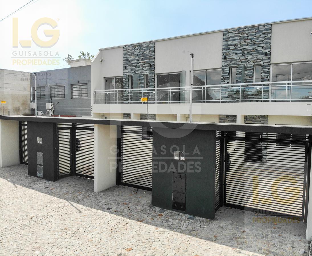 Foto Departamento en Venta en  Ranelagh,  Berazategui  132 3000