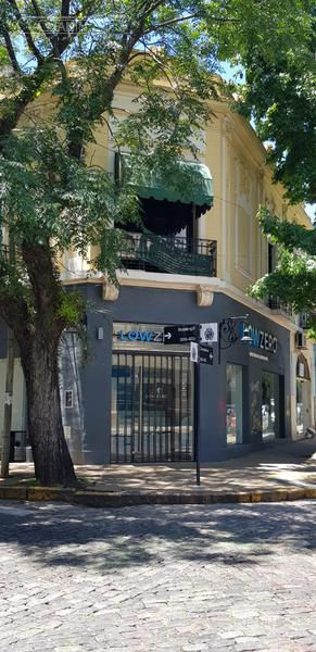 Foto Local en Alquiler en  San Isidro ,  G.B.A. Zona Norte  Ituzaingo al 400