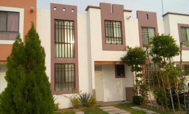 Foto Casa en Renta en  Condominio Paseos de Santa Mónica,  Aguascalientes  M&C RENTA CASA AMUEBLADA EN SANTA MONICA AL SUR DE AGUASCALIENTES