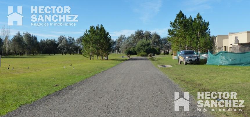 Foto Terreno en Venta en  Comarcas de Luján,  Countries/B.Cerrado  Ruta 6 y rotonda 34
