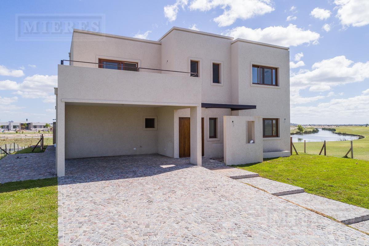 Casa en venta en Puertos , Barrio Marinas