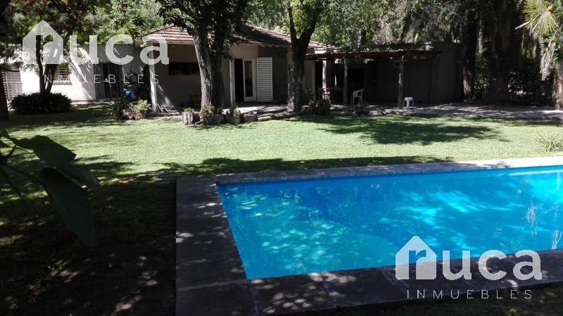 Foto Casa en Alquiler temporario en  Ingeniero Maschwitz,  Escobar  VENTA | COMODA CASA con Hermoso Jardin y Pileta