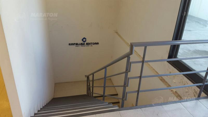 Foto Edificio Comercial en Alquiler en  San Cristobal ,  Capital Federal  San Jose al 800
