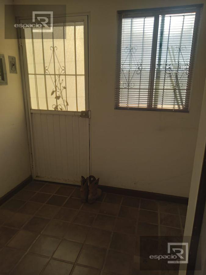 Foto Casa en Venta en  Fraccionamiento Jardines del Santuario,  Chihuahua  CASA EN VENTA EN PRIVADO POR ERNESTO TALAVERA