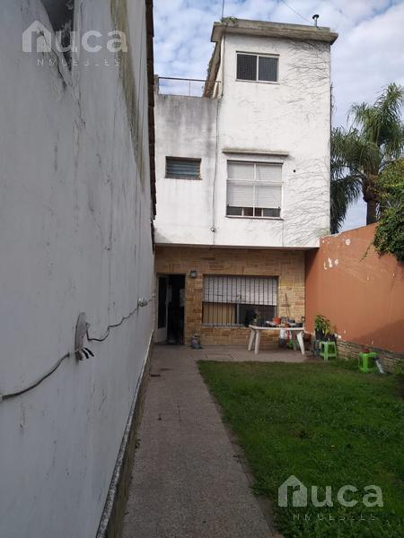 Foto Casa en Venta en  Victoria,  San Fernando  Casa a refaccionar a la venta | Victoria | Victoriano Montes al 700