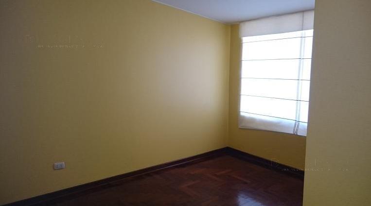 Foto Casa en Venta en  Santiago de Surco,  Lima  Santiago de Surco