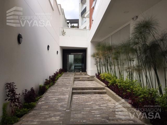 Foto Departamento en Venta en  Cumbayá,  Quito  Cumbayá - Santa Lucía Alta, Amplio departamento  de 100,00 m2 en venta - D3