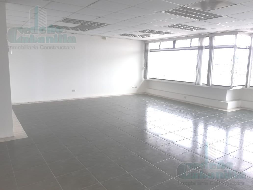 Foto Oficina en Alquiler en  Norte de Guayaquil,  Guayaquil  SE ALQUILA OFICINA EN  AVENIDA MIGUEL H ALCÍVAR