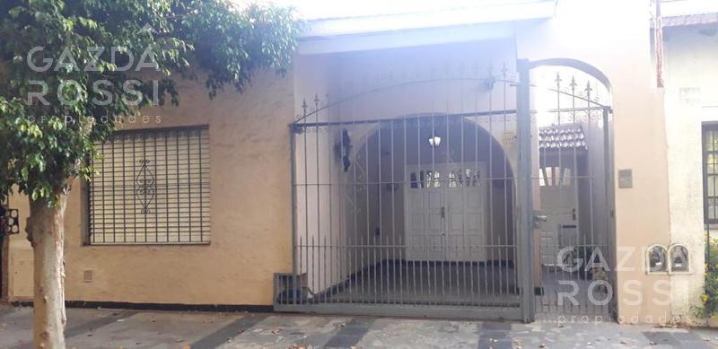 Foto Casa en Venta en  Adrogue,  Almirante Brown  Taylor al 1100