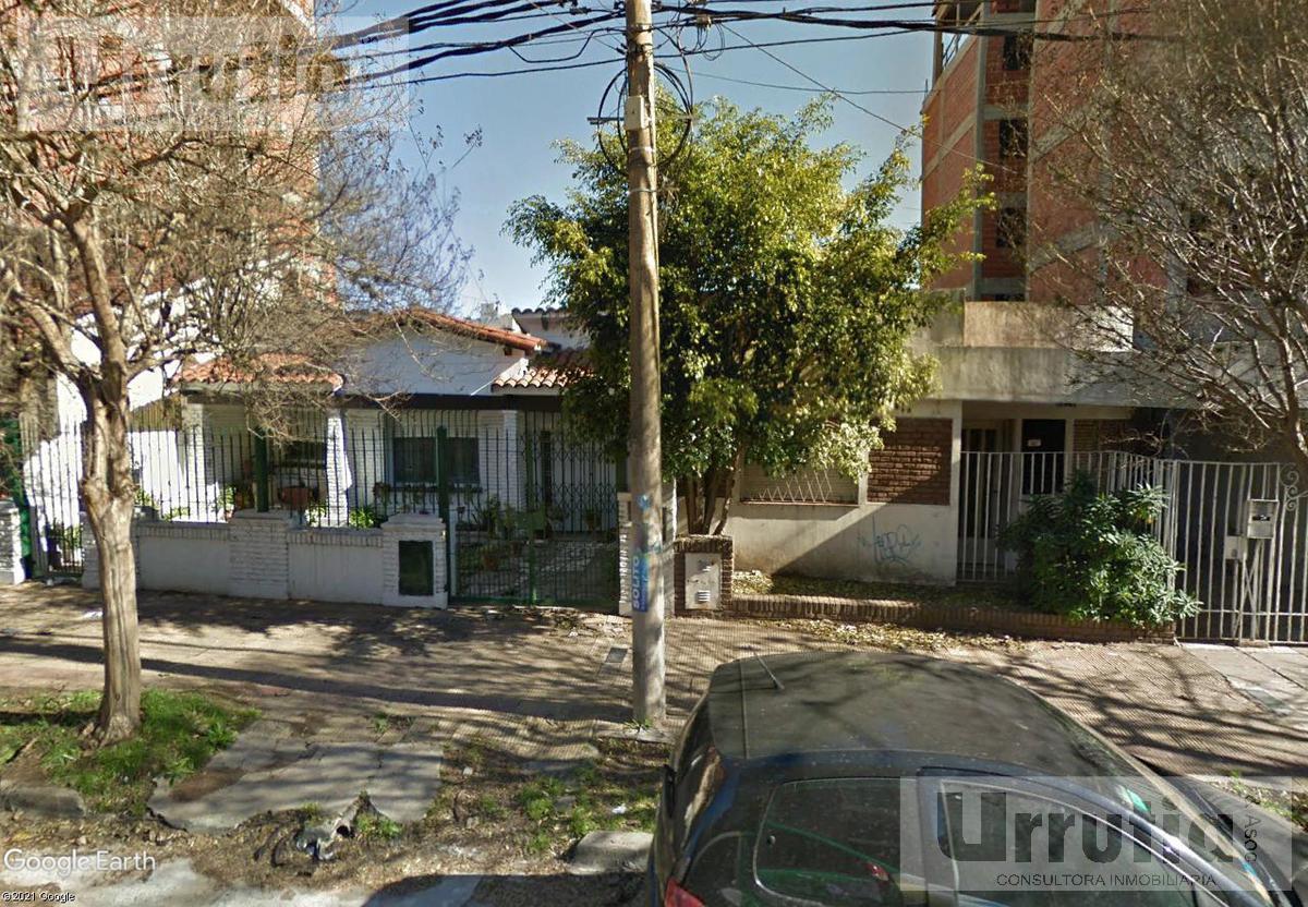 Foto Terreno en Venta en  Moron,  Moron  Belgrano al 800