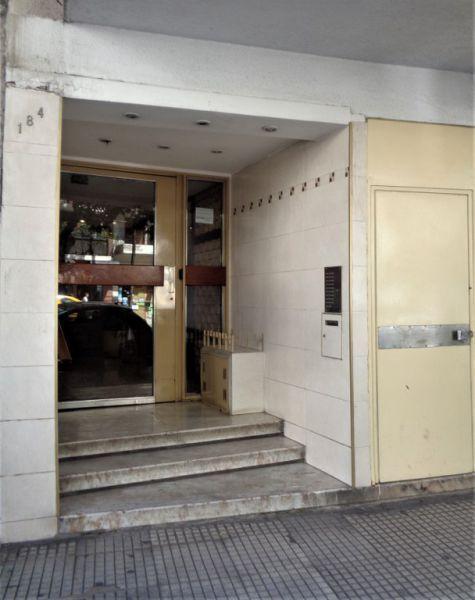 Foto Departamento en Alquiler en  Caballito ,  Capital Federal  Acoyte 100