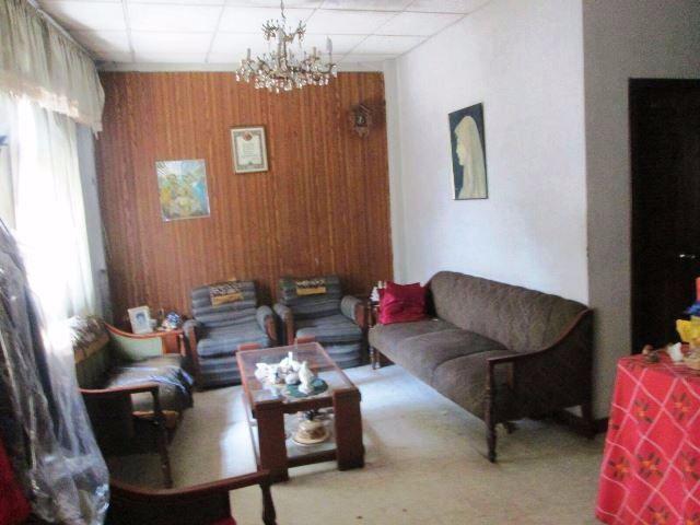 Foto Casa en Venta |  en  Centro de Guayaquil,  Guayaquil  VILLA EN VENTA EN EL BARRIO ORELLANA