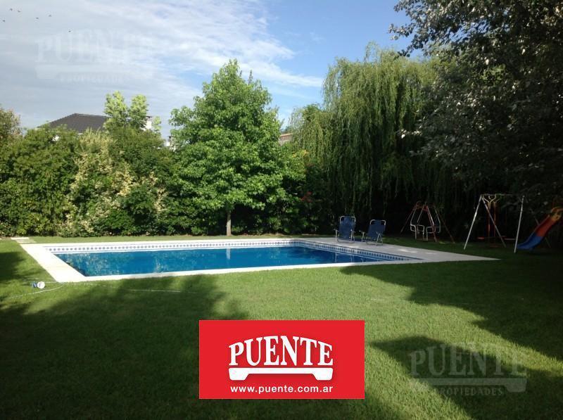 Foto Casa en Alquiler temporario en  El Rocio,  Countries/B.Cerrado  El Rocío I  Enero con Pileta!