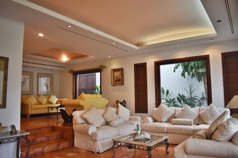Zona Hotelera Casa for Venta scene image 14