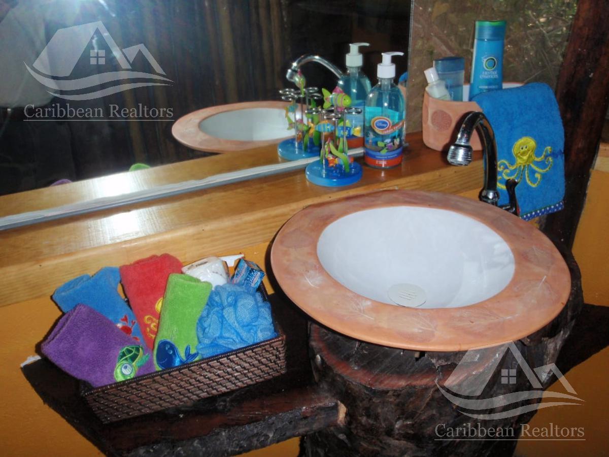 Picture Hotel in Sale in  Puerto Morelos,  Cancún  Puerto Morelos