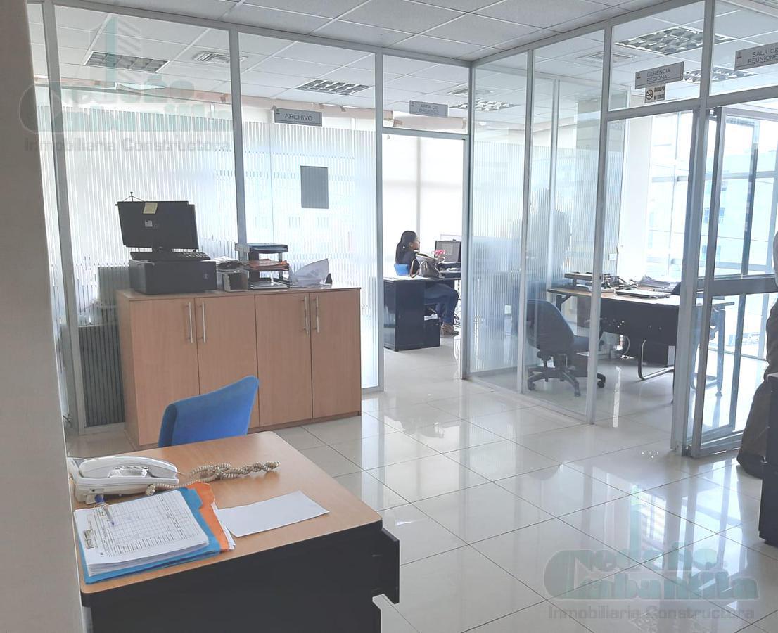 Foto Oficina en Venta en  Norte de Guayaquil,  Guayaquil  VENDO OFICINA EN CENTRO DE NEGOCIOS EN KENNEDY NORTE