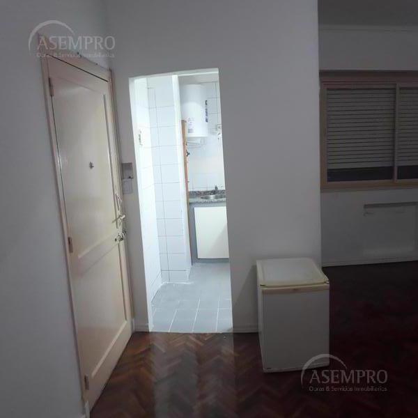 Foto Departamento en Venta en  Balvanera ,  Capital Federal  Av. Corrientes al 2300