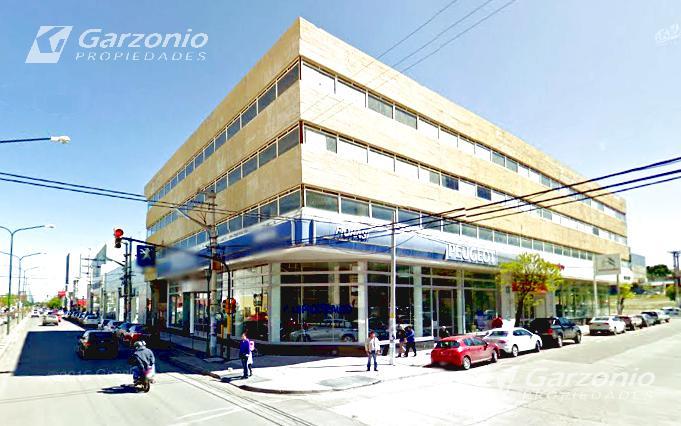 Foto Cochera en Venta en  Trelew ,  Chubut  9 de Julio esquina Belgrano