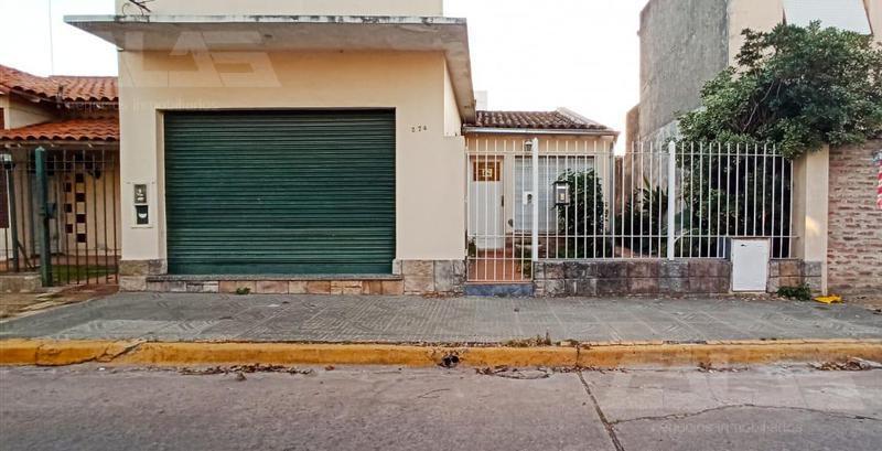 Foto Casa en Venta en  San Antonio De Padua,  Merlo  Güemes 920