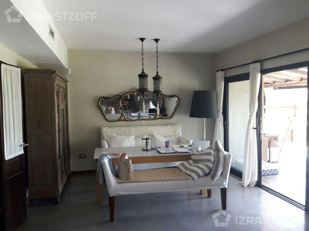 Casa-Alquiler-Santa Barbara-santa bárbara al 3100