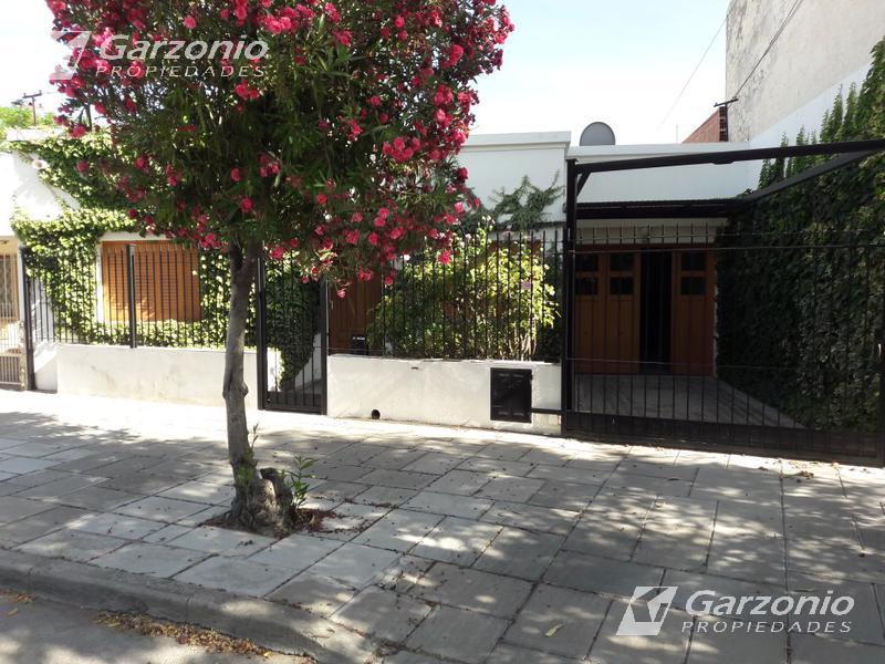 Foto Casa en Venta en  Trelew ,  Chubut  Honduras al 200