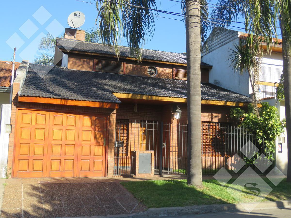 Foto Casa en Venta en  Castelar Norte,  Castelar  Chivilcoy al 1800