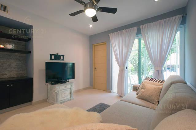 Playa del Carmen House for Sale scene image 12