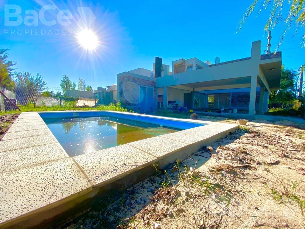 Foto Casa en Venta en  Tierra de Sueños 2,  Funes  Lubich al 800