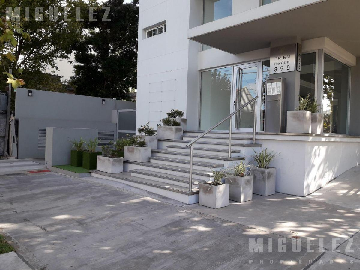 Foto Departamento en Venta en  Banfield,  Lomas De Zamora  Departamento en venta Banfield, Rincón 395 6°A