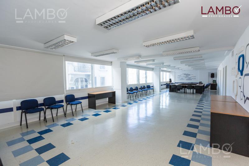 Foto Oficina en Venta en  Centro ,  Capital Federal  Corrientes al 1300