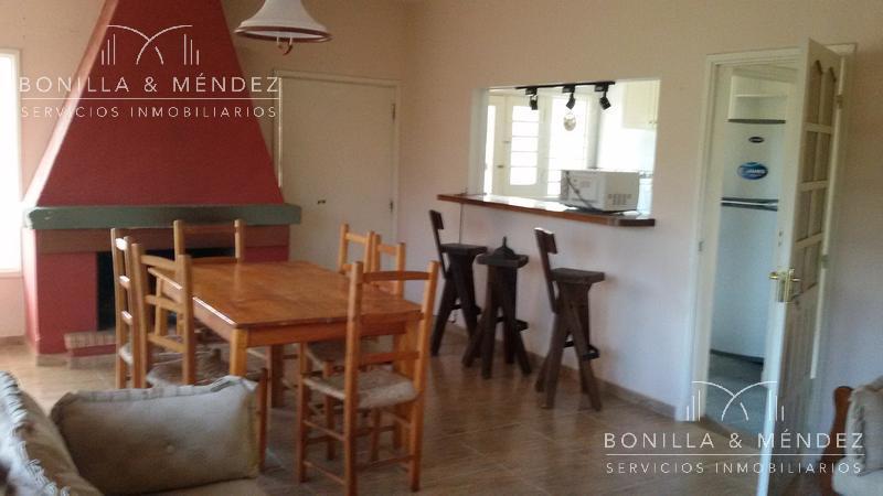 Foto Casa en Alquiler temporario en  Playa Hermosa,  Piriápolis  Playa Hermosa calle 32, próxima al cerro del Burro  mínimo de renta en temporada 10 días