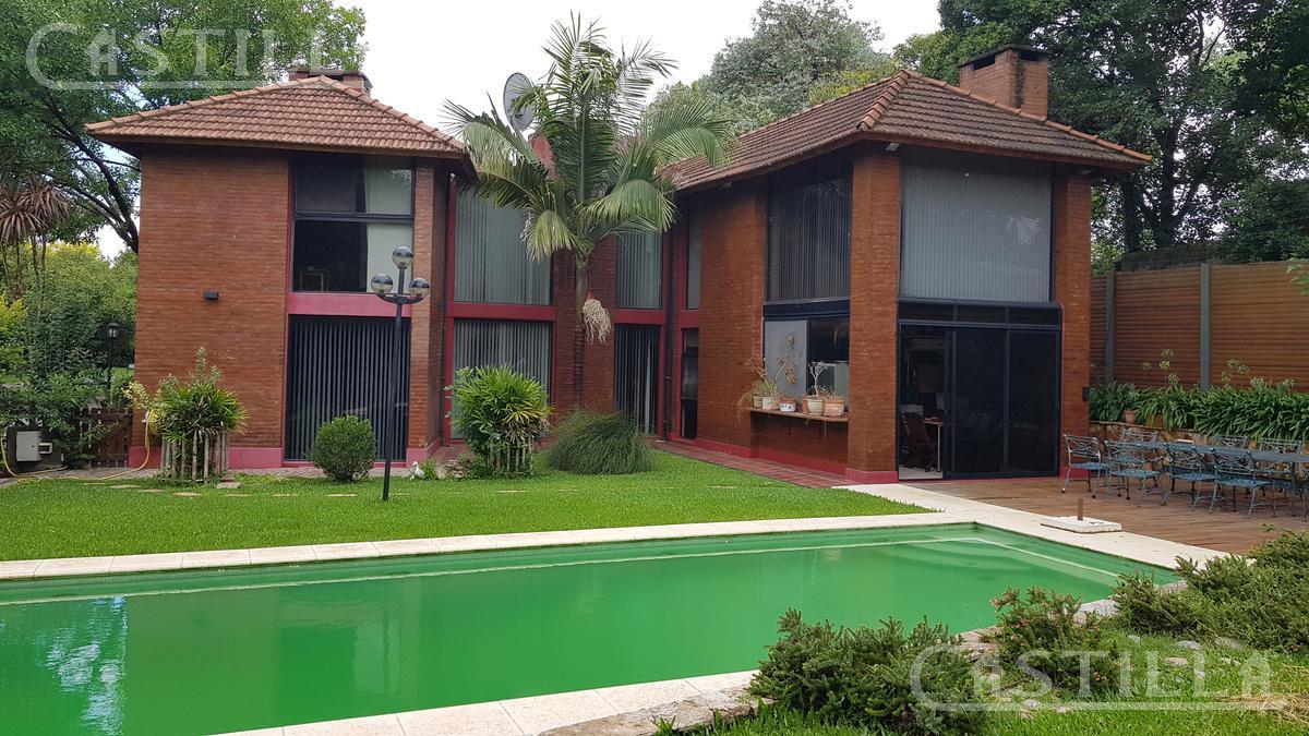 Foto Casa en Venta en  Valle Claro,  Countries/B.Cerrado (Tigre)  Av, T Alvear al 800